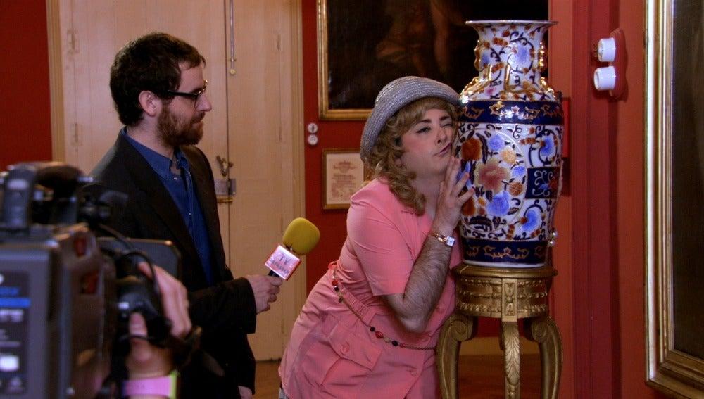 Miss Coconut sale en un programa de tv
