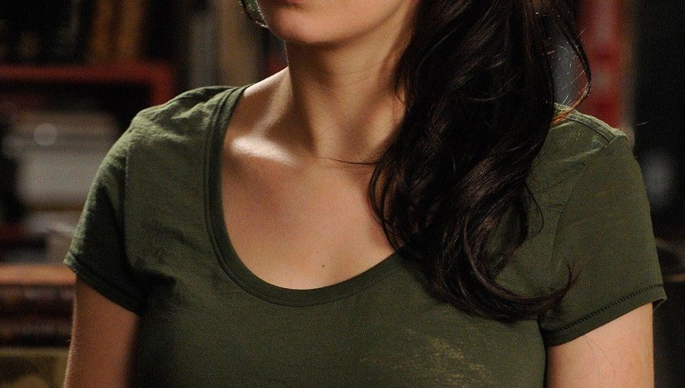 Myka Bering (Joanne Kelly)