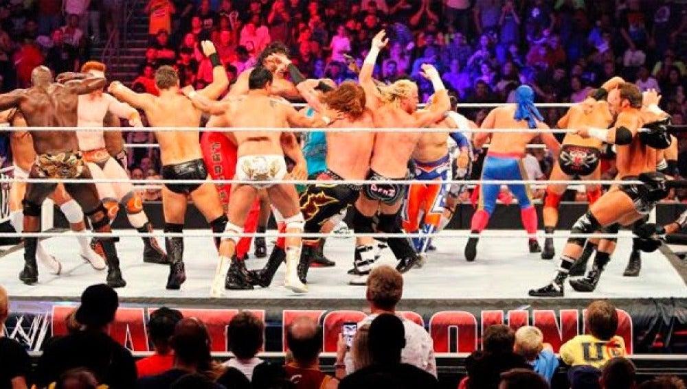 Batalla real, 17 luchadores en acción en Smackdown