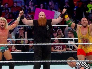 Ziggler, Rowan y Ryback se hacen fuertes frente a Kane, Big Show y Rollins