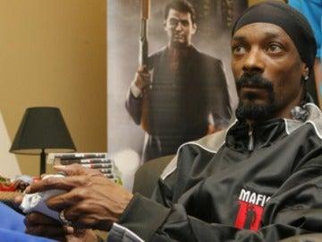 Snoop Dogg jugando a Xbox