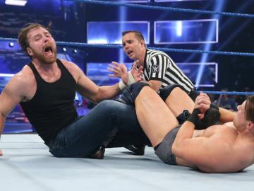 The Miz retiene el cinturón frente a Ambrose en 'SmackDown Live'