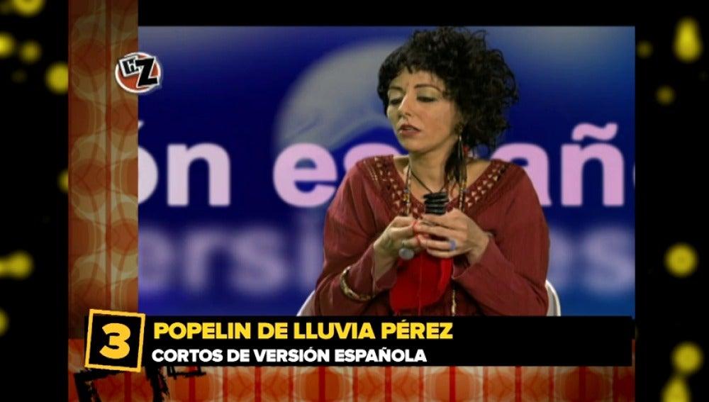 Frame 32.217708 de:  Cayetana Guillén Cuervo y Lluvia Pérez
