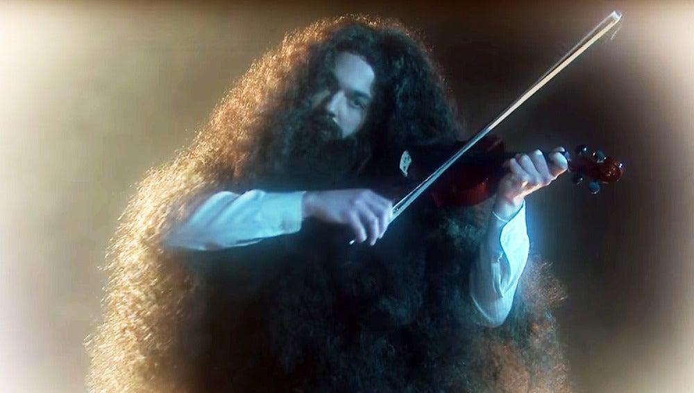 Sheldon Cooper es el cantante y violinsta de Kansas