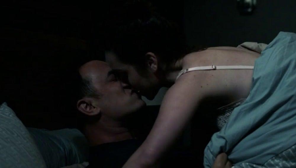Frame 52.304125 de: Jen y Greg retoman su vida sexual pero no sale como esperaban