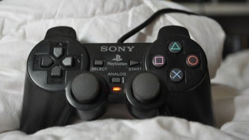 PlayStation 2 DualShock
