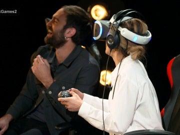 María León y Jon Plazaola viven una auténtica película jugando a 'Call of Duty' en 'Neox Games'