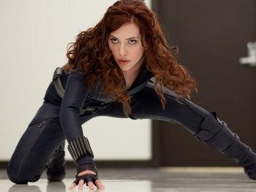 Scarlett Johansson en el papel de Viuda Negra