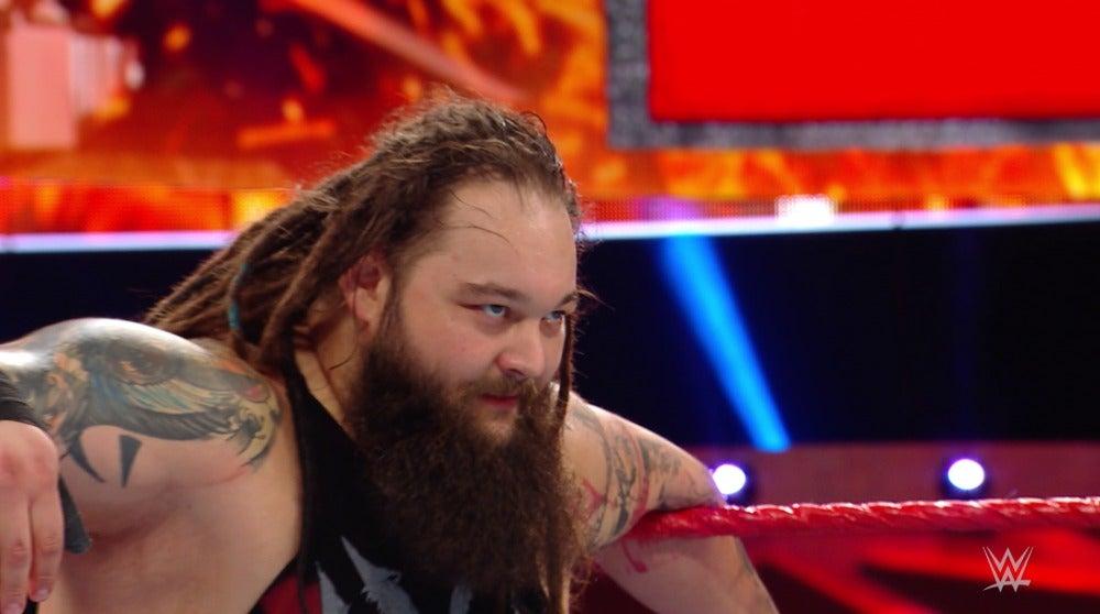Bray Wyatt, victorioso tras la ganar la revancha del combate a Seth Rollins