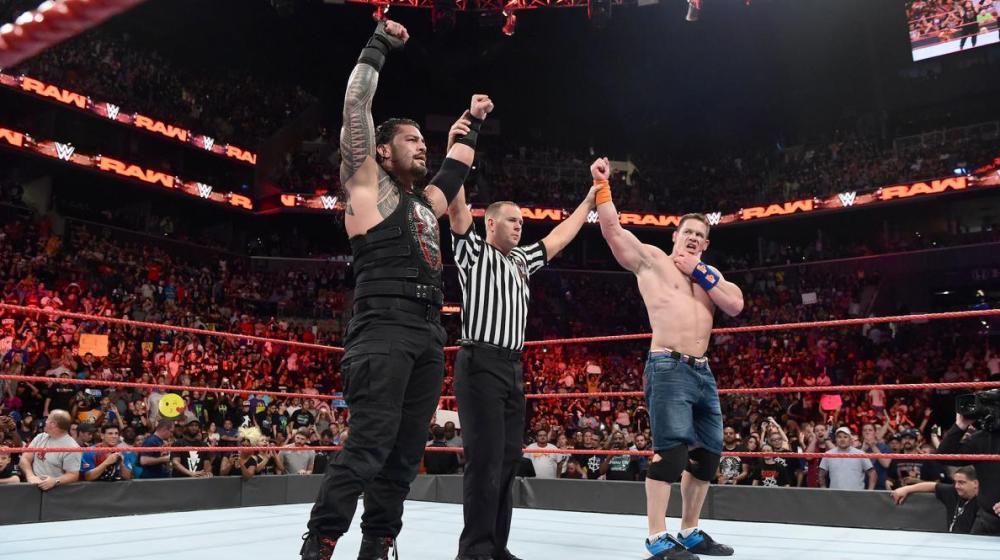 Roman Reigns y John Cena