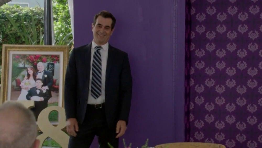 """Phil: """"No pude ni escoger el traje de la boda sin que tu madre lo aprobara"""""""
