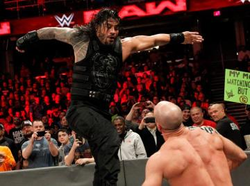 Roman Reigns vs. Cesaro en 'Raw'