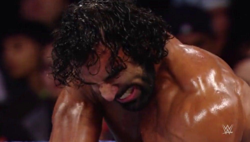 Jinder Mahal vs Xavier Woods semifinal del torneo por el título de Estados Unidos