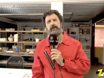 La imitación de Moscú (Paco Tous en 'La casa de papel') a Iker Jiménez