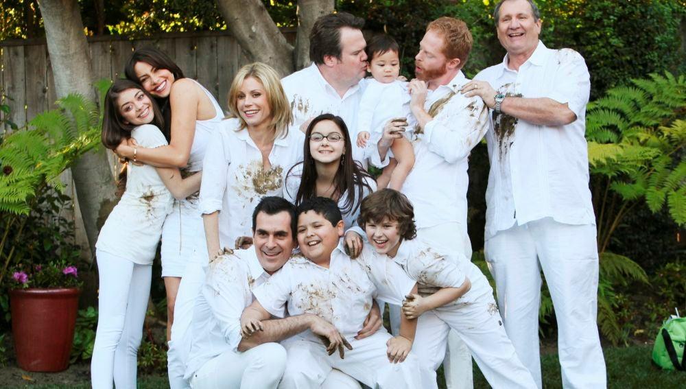 Modern family - Temporada 1 - Capítulo 24: Retrato de familia