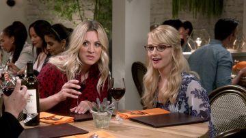 Bernadette y Penny quieren saber todo sobre Anu, la futura mujer de Raj