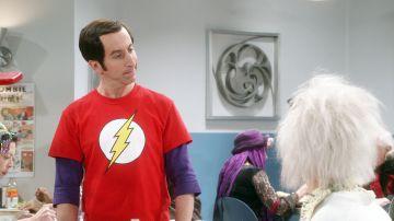 Howard se disfraza de Sheldon por Halloween