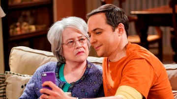 The Big Bang Theory - Temporada 12 - Capítulo 8: La desviación de la consumación