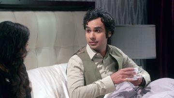 Raj tiene sexo por primera vez con su futura mujer