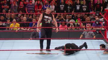 Brock Lesnar se vuelve el amo del ring rojo de RAW