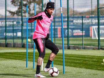Neymar en su vuelta a los entrenamientos