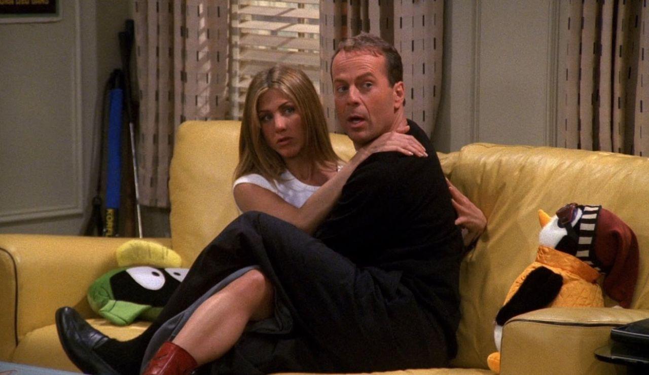 Bruce Willis participó en 'Friends' porque perdió una apuesta con Chandler