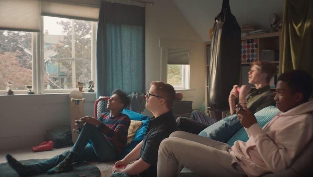 Aaron Waddingham en el anuncio de Nintendo