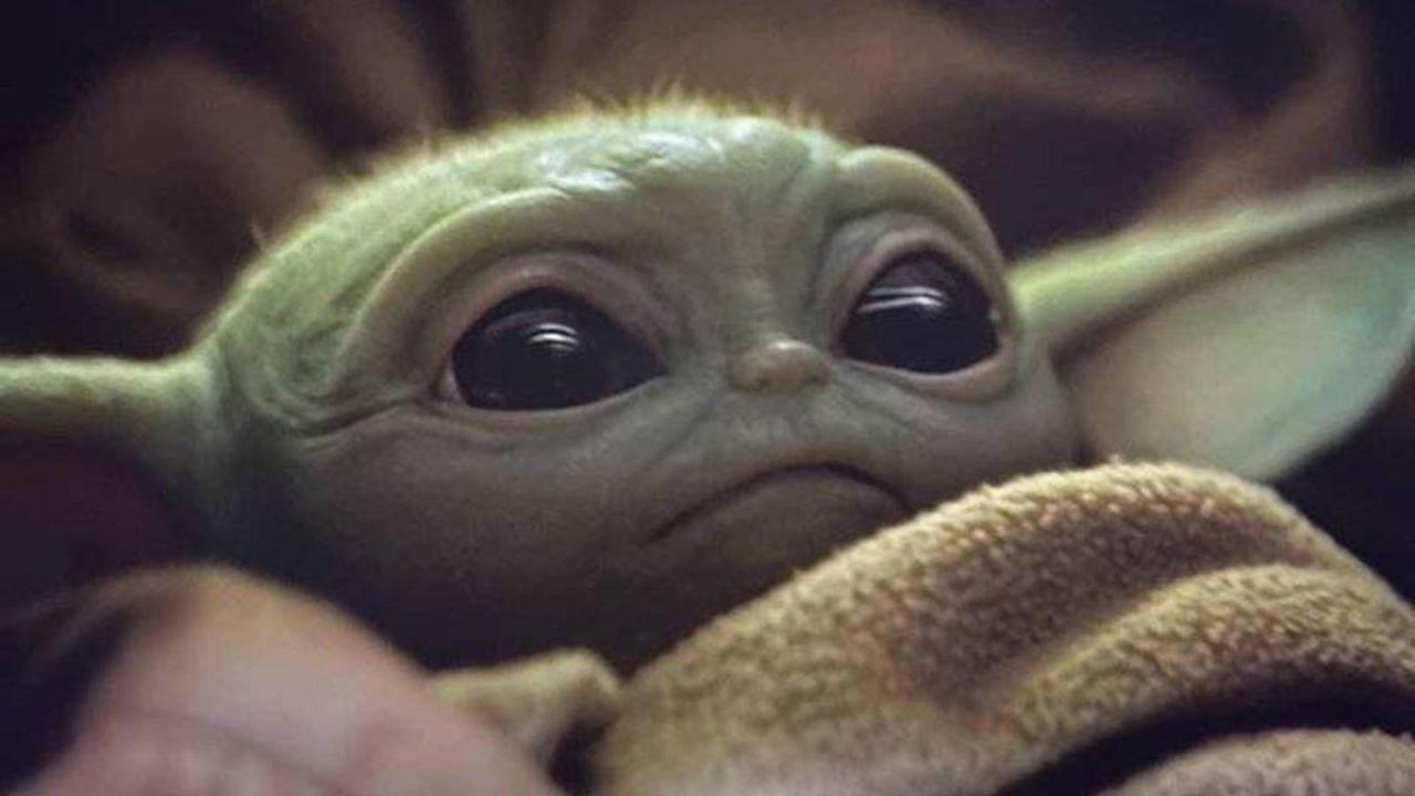 Cutre pero genial: el mejor disfraz low-cost de Baby Yoda