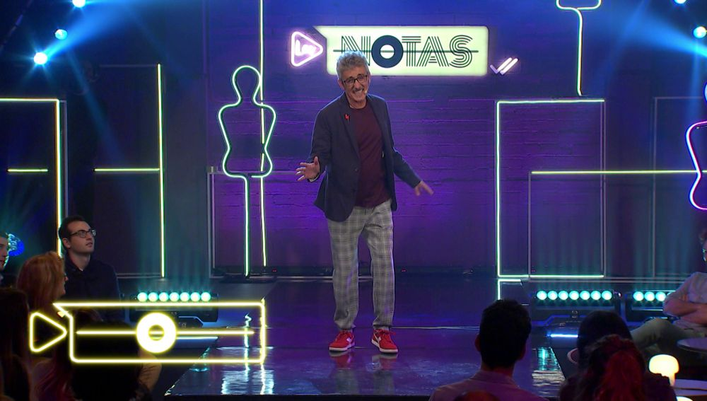 David Fernández se viene arriba en 'Los Notas' y canta una divertida canción