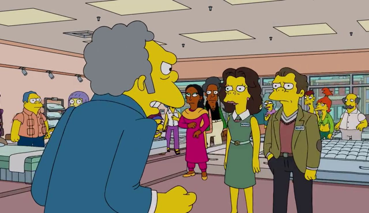 Los hermanos de Moe le traicionan para echarle del negocio familiar