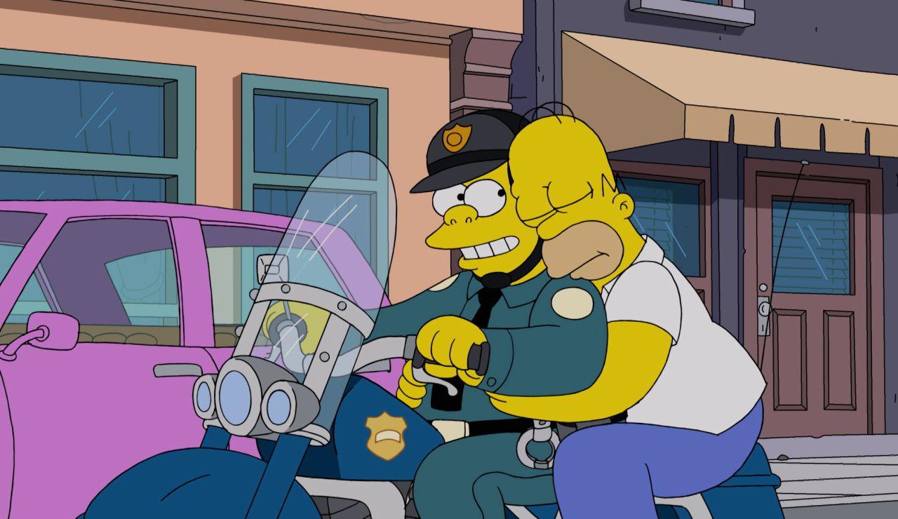 Detienen a Hommer por robar un Cadillac