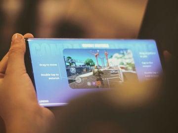 Un móvil con Fortnite