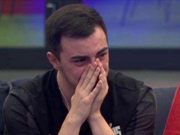 Emoción y lágrimas por los vídeos de los familiares de los concursantes de 'Top Gamers Academy'