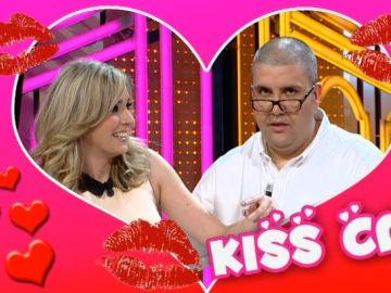 La Kiss Cam de Otra Movida