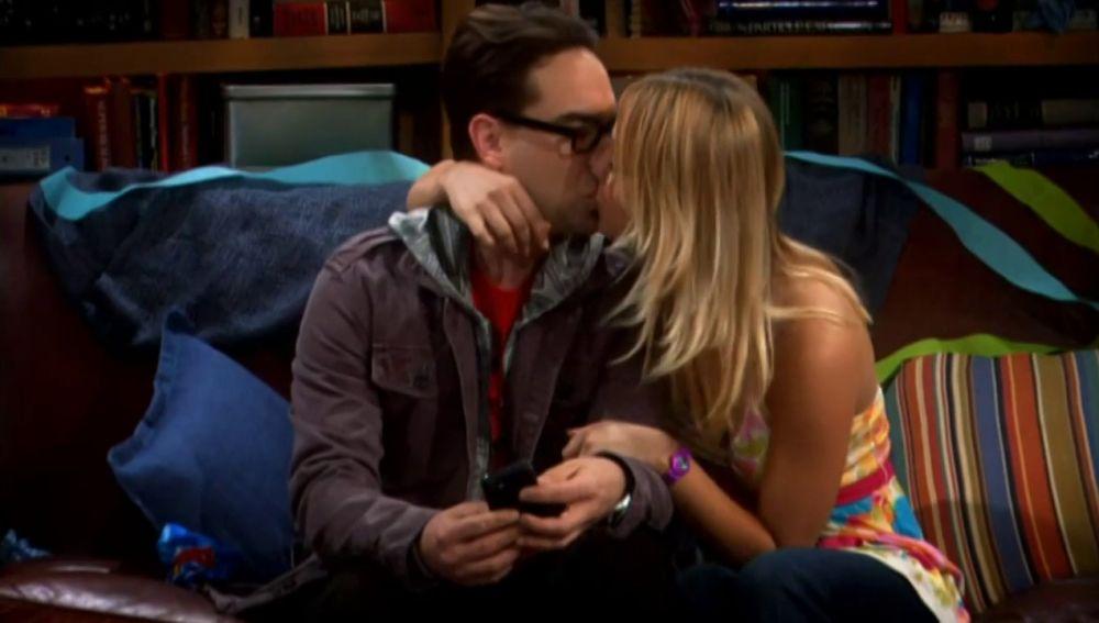 Estos son los momentos más románticos de Leonard y Penny