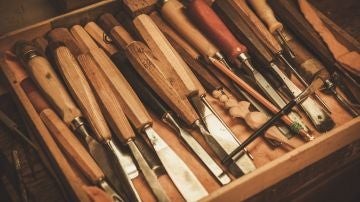 Diferentes herramientas para madera