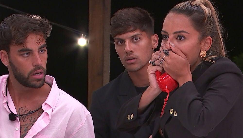 """El teléfono rojo revoluciona 'Love Island': """"Ni un día de tregua"""""""