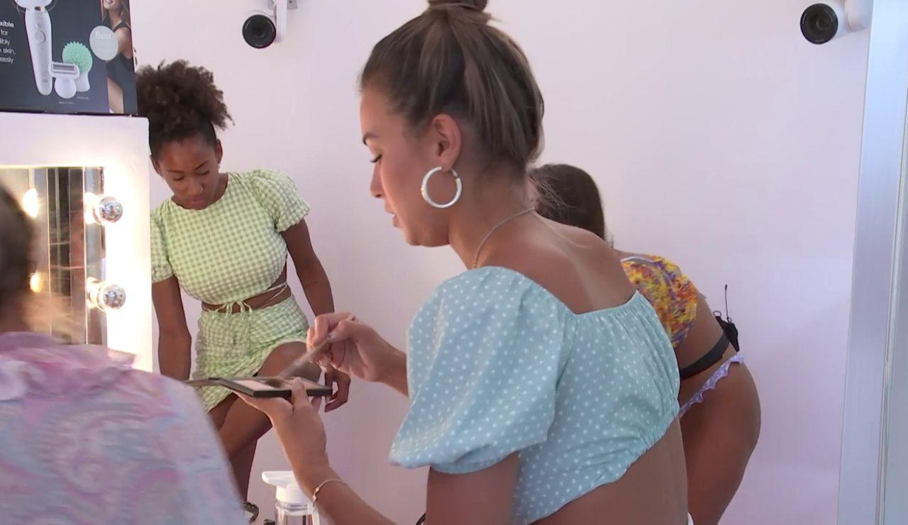Vídeo inédito: las isleñas se preparan para su excursión a las plataneras