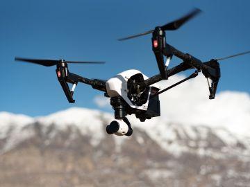 ¿Volar borracho un dron? Una mala idea que ha acabado en arresto