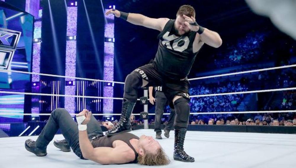 Kevin Owens se impone al lunático Ambrose en 'Smackdown'