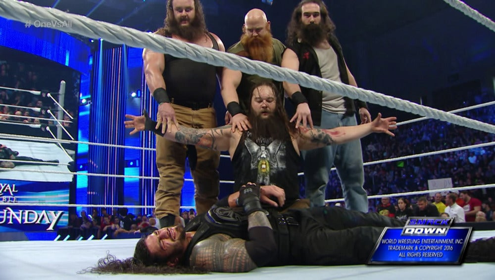 Roman Reigns sigue en pie de guerra contra The Wyatt Family en 'SmackDown'