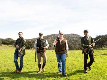 Iñaki, Rober y Antonio se van de caza