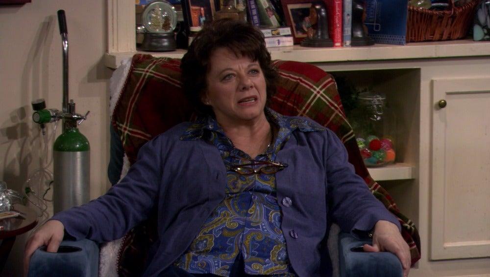 Molly empieza a encajar con la madre de Mike