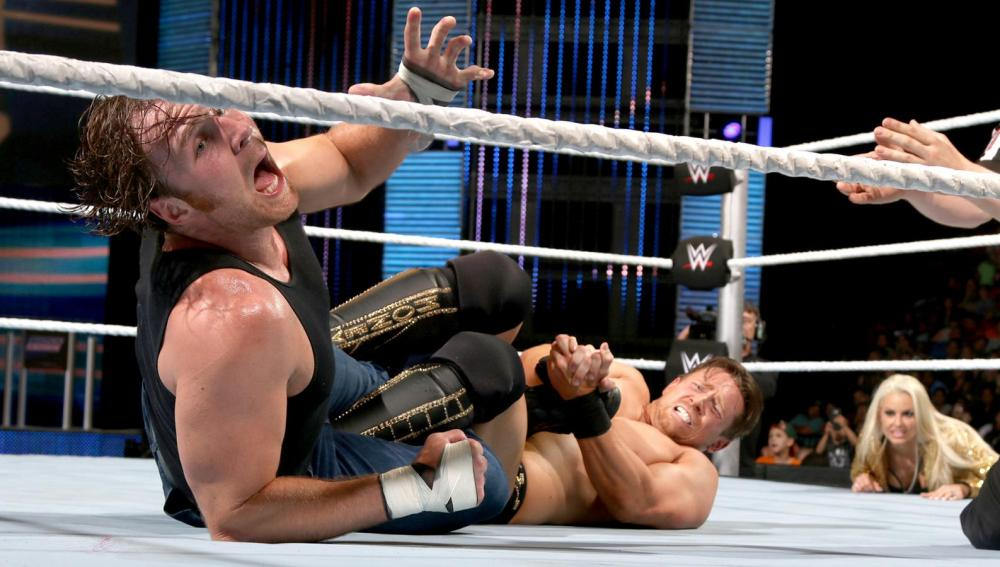 Combate de campeones en el show azul de WWE