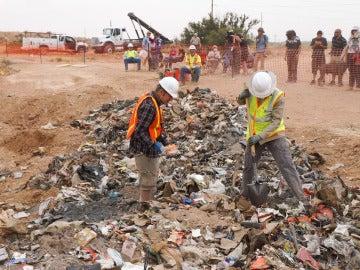 Excavación de los juegos enterrados de Atari