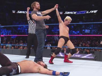 James Ellsworth se impone al campeón AJ Styles contra pronóstico en 'SmackDown Live'