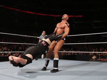Consigue una entrada doble para WWE Live Barcelona o Bilbao