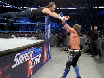 Dean Ambrose derrota a AJ Styles para ser el número 1 contender al 'WWE Championship'