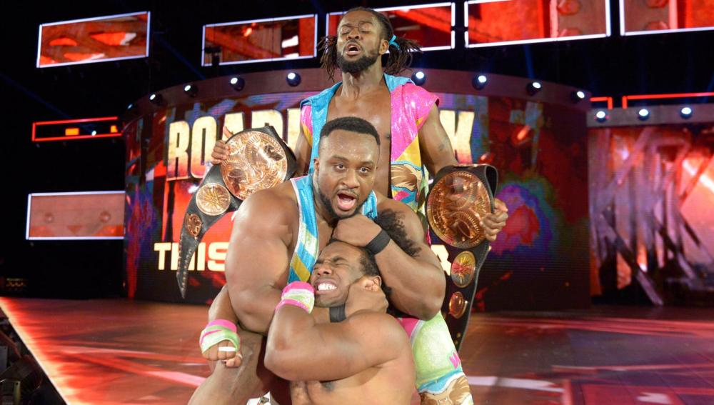 The New Day retiene los títulos y Reigns busca la doble corona en 'Raw'