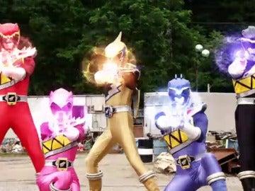 Frame 6.450283 de: Power Rangers Dino Super Charge y Power Rangers Ninja Steel se estrenan en Neox Kidz